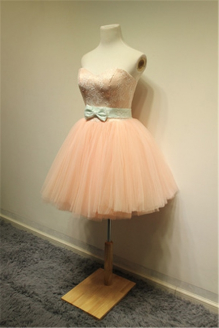 Cute Sweetheart Lace Tulle Short Cocktail Dresses with Bowknot Lace-up Pink Homecoming Dresses for Juniors