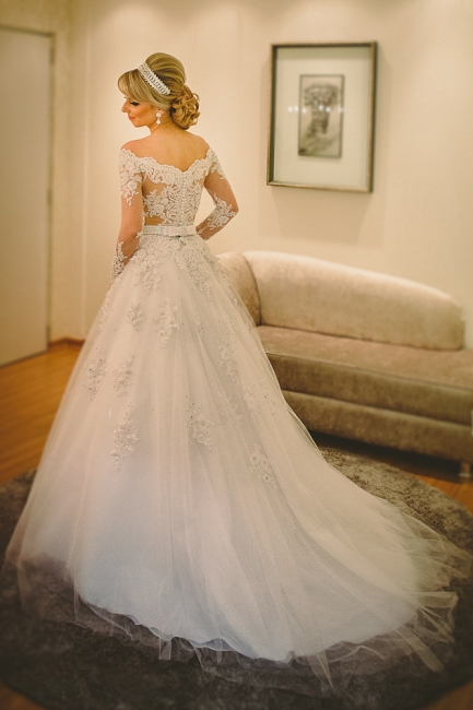 Long Sleeve Off-the-shoulder Wedding Dress  Lace Tulle Bridal Gowns with Pearls