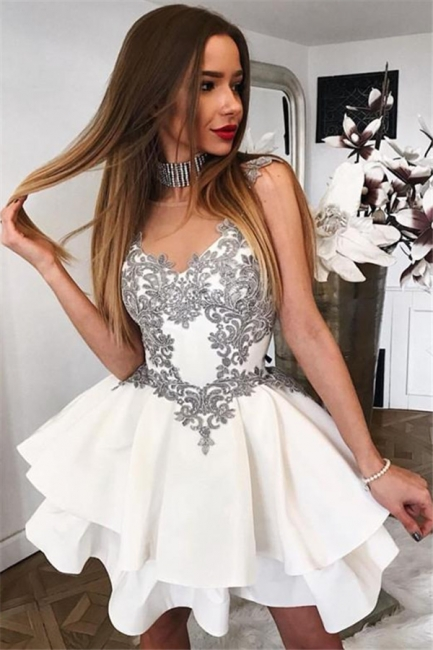 Silver Lace Appliques Sexy Short Dresses   Tiered White   Homecoming Dresses
