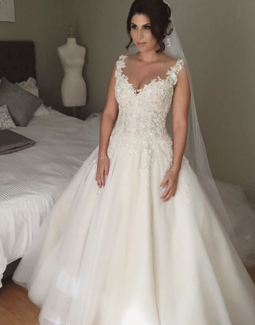 Latest A-line Lace Applique  Bridal Gown Open Back Sleeveless Court Train Wedding Dress JT116