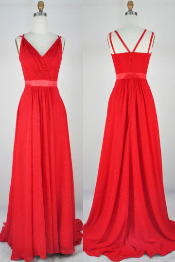 Red Tailored V Neck   Bridesmaid Dresses Chiffon Sweep Train Somple Cute Long Prom Gowns
