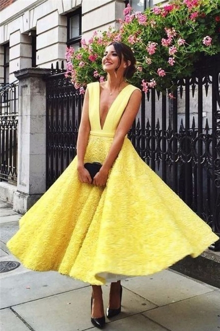 Sexy Deep V-neck Daffoddil Evening Dresses | Sleeveless Elegant Long Formal Dresses
