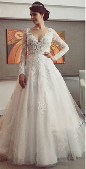 New Arrival Tulle Long Sleeve Wedding Dress Elegant Court Train Lace Applique Bridal Gown