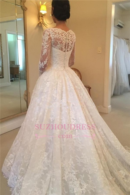 Squared Puffy Buttons Bridal Gowns  Elegant Court-Train Long-Sleeve Lace Wedding Dress