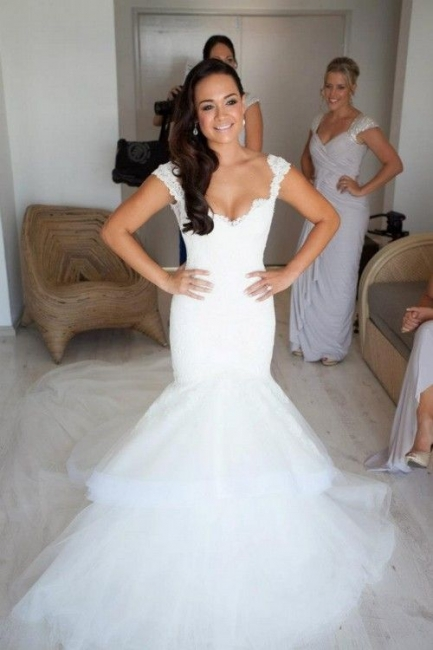 Elegant Lace V Neck Wedding Dresses with Fishtail Open Back Tulle Court Train Bridal Gowns
