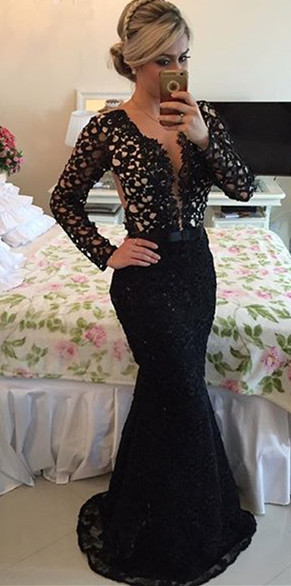 Deep V-Neck Long Sleeve Black Lace Evening Gowns Sexy Mermaid Sweep Train Formal Occasion Dress BMT005