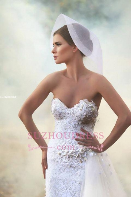 Lace Appliques Sheath Sweetheart Bridal Dresses Tulle Overskirt Open Back  Wedding Dress
