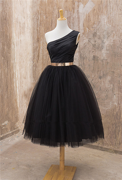 Black One Shoulder Tea Length Prom Dress with Gold Belt Latest Tulle Simple Homeccoming Dress