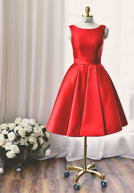 Elegant Red Knee Length Homecoming Dress with Bowknot New Arrival Simple Open Back Dresses for Women