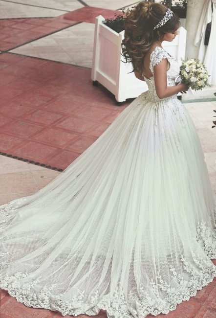 New Arrival Off Shoulder Long Bridal Gown  with Beadings Lace Applique Ball Gown Wedding Dress BO7879