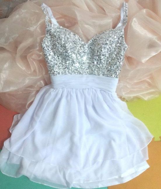 Cute Spaghetti Strap White Mini Homecoming Dresses Sequined Popular Short Custom Made Cocktail Dresses for Juniors