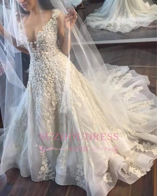 Princess Sleeveless Appliques Gorgeous Lace Wedding Dress