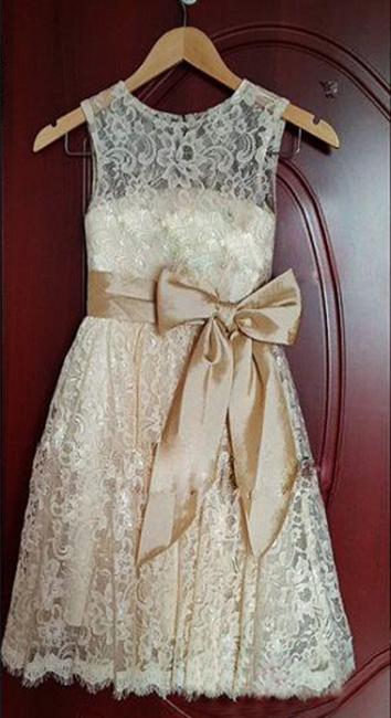 Cute Champagne Lace Flower Girl Dress with Bowknot New Arrival A-Line Wedding Dress