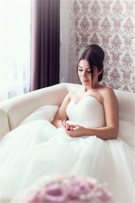 New Arrival Sweetheart Ball Gown Bridal Gown Latest Tulle Lace-Up Plus Size Wedding Dress