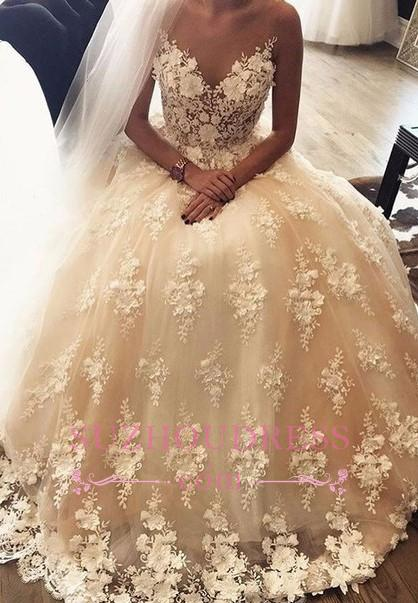 Sweetheart Exquisite A-Line 3D-Floral  Sweep-Train Lace Appliques Wedding Dress
