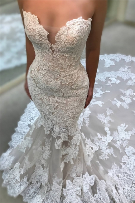 Chic Cathedral Train Lace Wedding Dresses Backless Strapless Mermaid Bridal Gowns On Sale