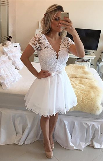 New Arrival Short Sleeve Lace Homecoming Dress A-line Beadings Mini Cocktail Dress