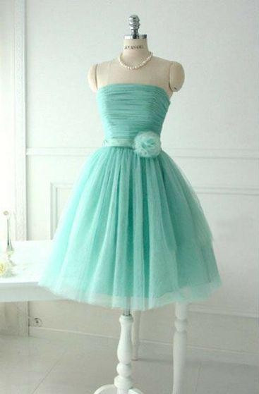 Cute Light Green Knee Length Homecoming Dresses Hot Sale Strapless Puffy  Party Dress