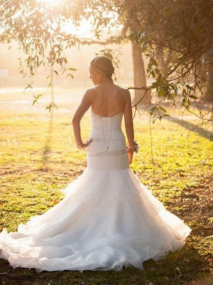 Alluring Sweetheart Mermaid Crystals Tulle Wedding Dresses Sleeveless Appliques Bridal Gowns with Court Train_3