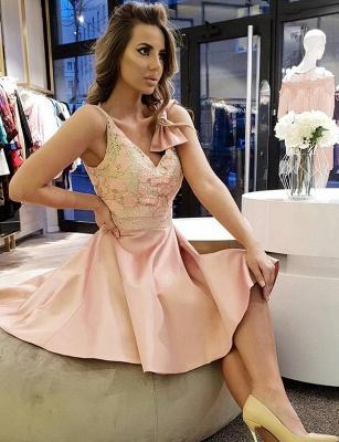 Fashion Bow Flattering A-line Elegant Lace V-Neck Sleeveless Short Prom Homecoming Dress_1