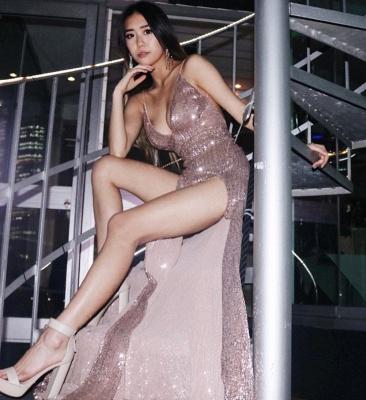 Womens V-Neck Thin Straps Best Fit Column Front Split Online Prom Dress Sale | Suzhoudress UK_3