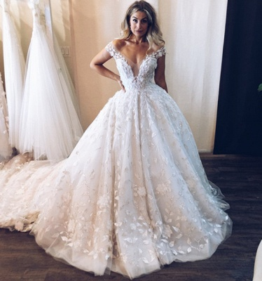 Glamorous Tulle Lace Off-the-Shoulder V-Neck Wedding Dresses Princess Appliques Sleeveless Bridal Gowns Online_3