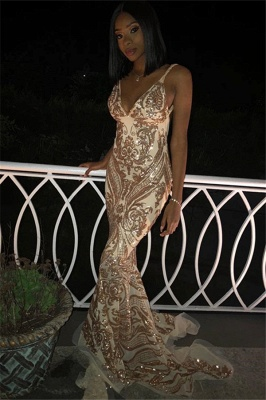 Flirty V-Neck Spaghetti Straps Sleeveless Shining Gold Appliques Mermaid Exclusive Prom Dresses UK | New Styles_1