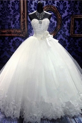 White Sweetheart Charming Organza Wedding Gowns Ball Gown Sleeveless Tiered Sash  Bridal Dresses_1