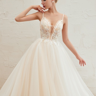 Sexy Spaghetti Straps V-Neck Ivory Wedding Dress Romantic Sleeveless  Bridal Gowns Online_22