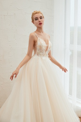Sexy Spaghetti Straps V-Neck Ivory Wedding Dress Romantic Sleeveless  Bridal Gowns Online_17