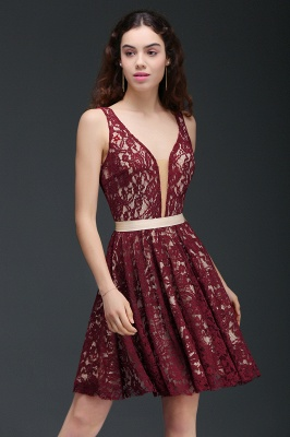 Sleeveless Short Burgundy V-Neck A-Line Lace Homecoming Dresses_1