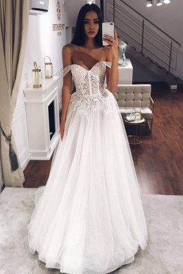 Elegant Off-the-Shoulder Long Wedding Dress With Lace Appliques Online