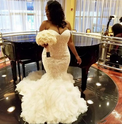 Stylish TieScarlet Ruffles Tulle Wedding Dresses with Court Train Sweetheart Fit and Flare Lace Bridal Gowns Online_3