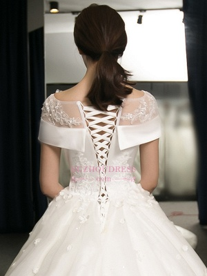 Puffy Lace-Applique Wedding Dresses  | Scoop Cap-Sleeves Exquisite Gowns_3
