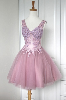 V-Neck Applique Beading Homecoming Dresses Tulle Tiered Mini  Cocktail Dresses_1