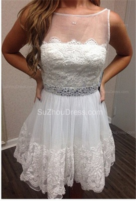 White Lace Mini Homecoming Dresses  A-Line Bateau Cocktail Dresses with Beadings_1