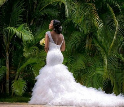 Sexy Mermaid V-neck  Wedding Dresses Sleeveless Beading Court Train Bridal Gown_3