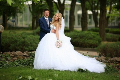 Crystal Sweetheart White Ball Gown Wedding Dresses High Quality Custom Court Train Tulle Bridal Gowns_5