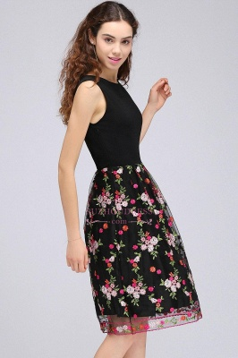 Sleeveless A-Line Tulle Flowers Short Black Homecoming Dresses_5