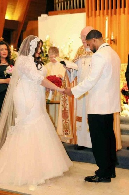 White Lace Sexy Mermaid Plus Size Wedding Dress Half Sleeve Custom Made Bridal Gown_3