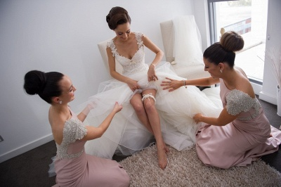 Elegant Crystal Short Sleeve Wedding Party Dresses Backless Sweep Train Fitted Bridesmaid Dresses cap121_4