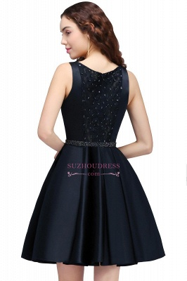 Sequare A-Line Black Beadings Short Sleeveless Homecoming Dresses_2