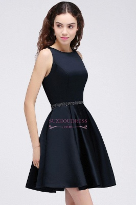 Sequare A-Line Black Beadings Short Sleeveless Homecoming Dresses_5