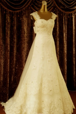 Elegant Crystal Lace Sweep Train Wedding Dress with Beadings Latest Tulle Bowknot Bridal Gown_1