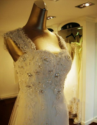 Elegant Crystal Lace Sweep Train Wedding Dress with Beadings Latest Tulle Bowknot Bridal Gown_2