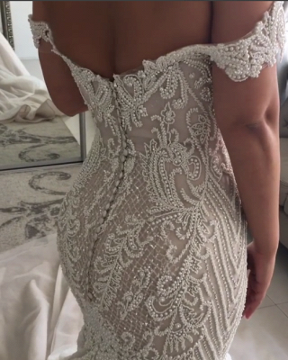 Alluring Off-the-Shoulder Backless Wedding Dresses Beaded Mermaid Bridal Gowns Online_4