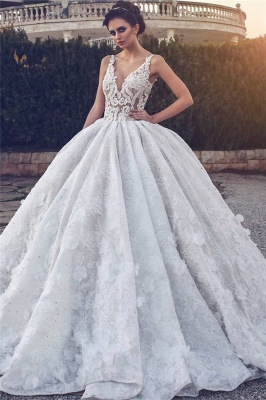 Lace Appliques Sexy Sleeveless Wedding Dresses | Princess Ball Gown V-neck  Bridal Gowns_1