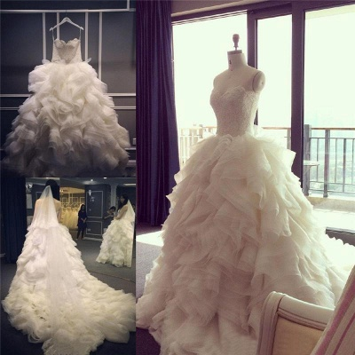 Elegant Sweetheart Ruffles Wedding Dress with Beadings Latest Court Train  Bridal Gown_5