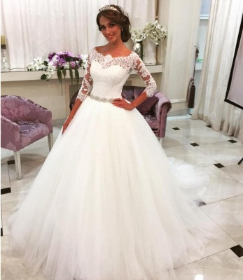 Lace Half Sleeves Ball Gown Wedding Dresses Scalloped Neckline Tulle Skirt Bride Dress with Crystal Belt BA6401_3
