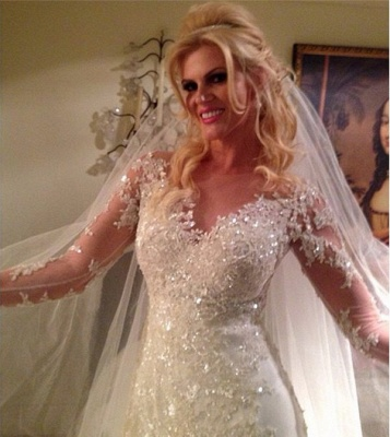 Sheer Scoop Long Sleeve Wedding Dress Sparkly Lace Court Train Bridal Gowns BA4036_4